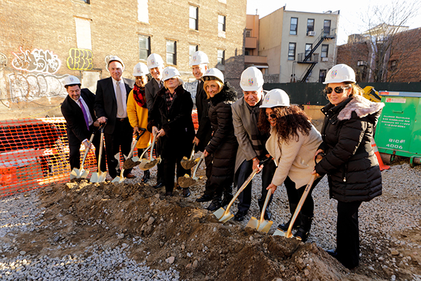 1 SDV PRUSSGROUNDBREAKING 182 reduced